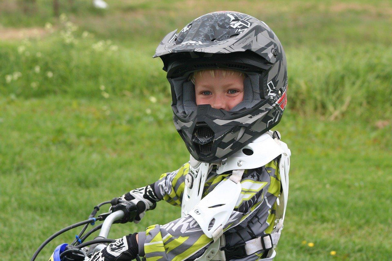 Casque moto enfant